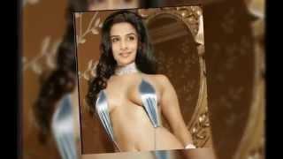 getlinkyoutube.com-Checkout Vidya Balan Hot Pics!!