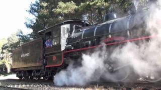 getlinkyoutube.com-Zig Zag Railway 1072 Steam Locomotive