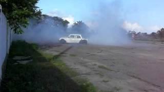 getlinkyoutube.com-Запорожец с мотором R1 (6) burnout