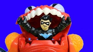 getlinkyoutube.com-Imaginext Nightwing Saves Thor From Alien Planet Nightwing Brings Marvel DC Thor To Batman Batcave