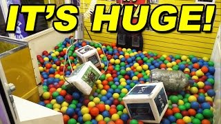 Giant Claw Machine with PS4, Xbox One, and CASH MONEY!