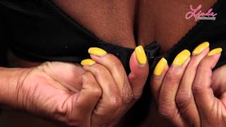 getlinkyoutube.com-How to Put on your Bras - Braducational Video from Linda the Bra Lady