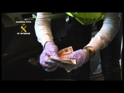 OPERACIÓN ESCUDO. La Guardia Civil desmantela una red de distribución ilegal de productos dopantes y anabolizantes en gimnasios.