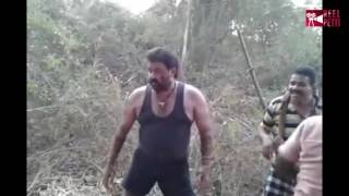 Mohanlal surprise activity during Pulimurugan Shoot | Latest News | Reel Petti
