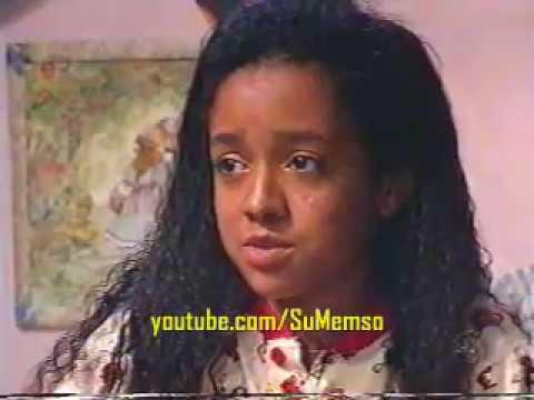 Chiquititas Brasil 1998 - Vivi pinta o cabelo e se torna modelo