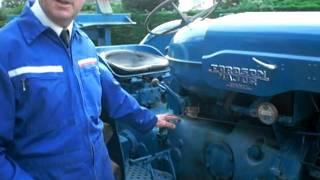 getlinkyoutube.com-Fordson Major Diesel Tractor- Mareham le Fen