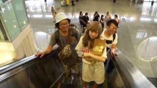 getlinkyoutube.com-(08/05)卡莉怪妞(きゃりーぱみゅぱみゅ) 返日(松山機場) / Kyary Pamyu Pamyu back to Japan