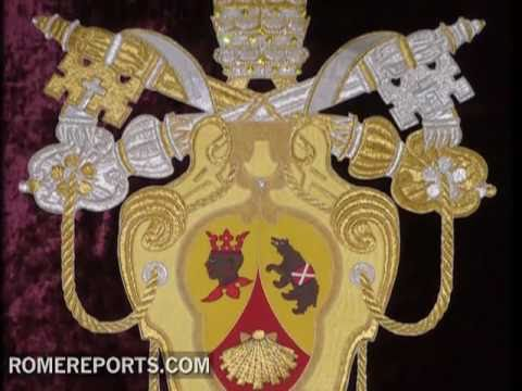 Changes in the Papal Coat of Arms