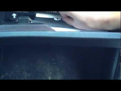 Где находится у BMW E46 предохранитель фары ближнего света