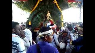 OM SRI RAJA MUNISWARAR urumi melam new 2012 Maanaada mayilaada....3gp view on youtube.com tube online.