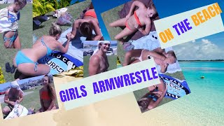 BONDI Beach. HOT GIRLS armwrestling to win a T SHIRT! xxx Sydney, Australia