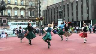 Scottish folk dance: Strathspey & Tulloch