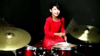 getlinkyoutube.com-Dil To Pagal Hai - Drum Cover by Nur Amira Syahira
