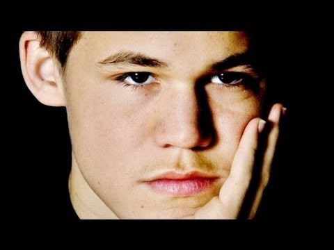 Magnus Carlsen vs Loek Van Wely - Tata Steel Chess Tournament 2013 - Round 3