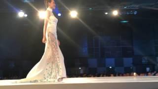 getlinkyoutube.com-Miss Astro 2015 cheongsam catwalk