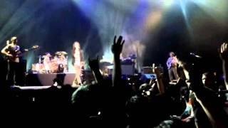 getlinkyoutube.com-[HQ] Incubus - Love Hurts (Live in Jakarta 2011)