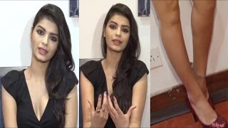 getlinkyoutube.com-Hot Babe Sonali Raut Bold Interview For Film Expose