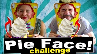 getlinkyoutube.com-PIE FACE ROULETTE CHALLENGE - SCHERZI DI COPPIA