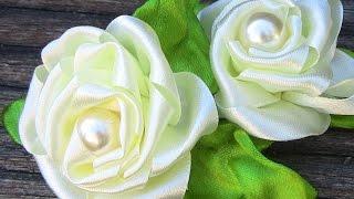 getlinkyoutube.com-Fabric flower tutorial-   modelo de Rosa em Fita Passo a Passo