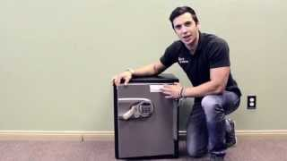 getlinkyoutube.com-Breaking into a safe in 2 minutes