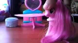 getlinkyoutube.com-pinkie pie y el collar magico parte1
