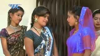 getlinkyoutube.com-Aag Lagal हमर जवनिया में - Rasgar Mahina Chait Ke | Arvind Akela Kalluji | Bhojpuri Hot Song