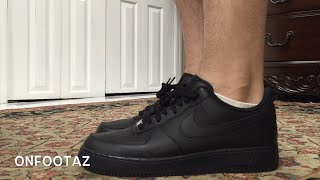 getlinkyoutube.com-Nike Air Force 1 Low Black On Foot