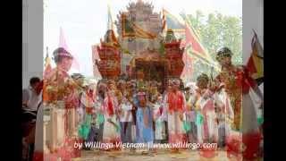 getlinkyoutube.com-Traditional festivals of Vietnam