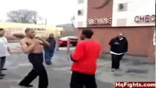 getlinkyoutube.com-Uliczna walka gangów, Street gang fight.