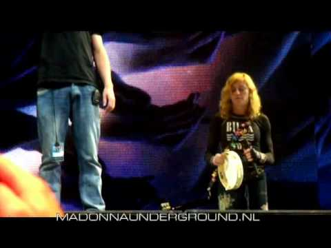 Madonna MDNA Cologne soundcheck incl. bit of je t'aime moi non plus July 10
