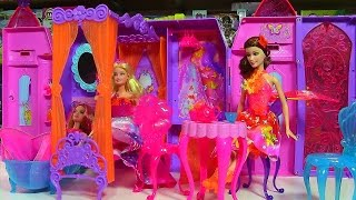 getlinkyoutube.com-Barbie and the Secret Door Play 'n Store Castle Playset - Barbie Doll Collection