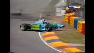 getlinkyoutube.com-Michael Schumacher F1 crash 1994
