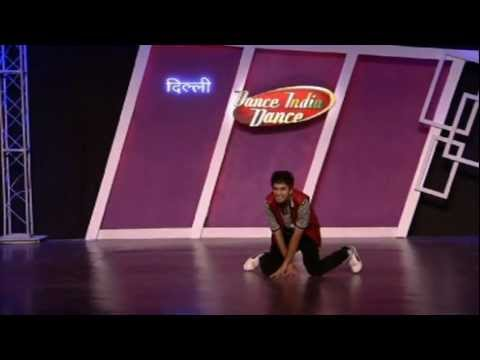 Croc-Roaz aka Raghav crazy dance style!!! (dance india dance season 3)