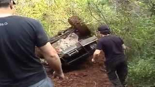 getlinkyoutube.com-Trilha de Gramado,Jeep willys e Cherokee capotando 2010.