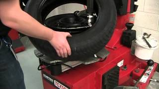 getlinkyoutube.com-Tire Machine: Tire Remove & Install