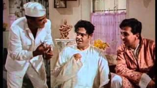 Sadhu Aur Shaitaan - Sex Appeal - Mahmood & Kishore Kumar - Bollywood Comedy Scenes