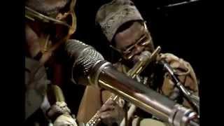 getlinkyoutube.com-Roland Kirk Serenade To A Cuckoo 1972