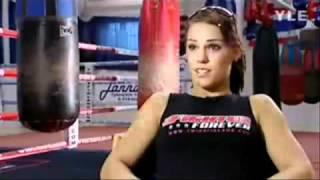 getlinkyoutube.com-Eva Wahlström's Workout (Women Boxing)