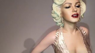 getlinkyoutube.com-Blitzway Marilyn Monroe Gentlemen Prefer Blondes 1/4 Scale Statue