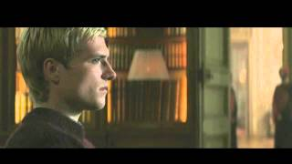 getlinkyoutube.com-The Hunger Games: Mockingjay - Part 1: Deleted Scenes [LEGENDADO]