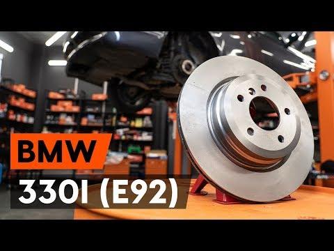 ... pakeisti galiniai stabdziu diskas BMW 330i 3 (E92) (AUTODOC PAMOKA)