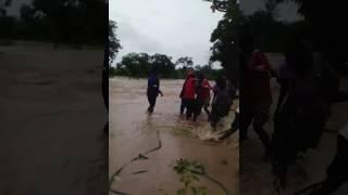 getlinkyoutube.com-Cyclone Dineo - Rescue operation in Zimbabwe