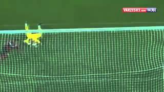 getlinkyoutube.com-Flower woman remotely goalkeeper گل زنی از راه دور توسط دروازه بان