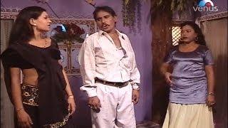 getlinkyoutube.com-Rampat Harami - Kamedi Hamne Maana Hamre Saajan Ye Jobanwa Bharpur Hai (Chapak Ke Ganna Ma)