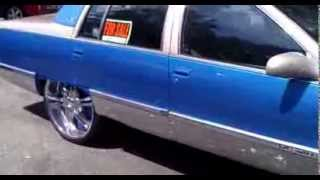 1995 cadillac fleetwood on 26s