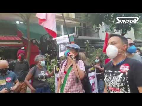 Greve pela Vida: Trabalhadores/as da Educação realizam ato e caminhada até a Secretaria Municipal de Saúde