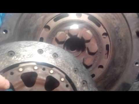 Расположение диска сцепления у СаньЕнг Кайрон