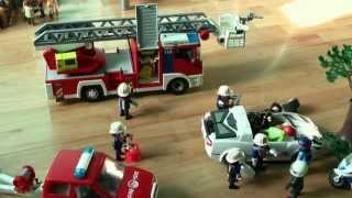 getlinkyoutube.com-Accident playmobil