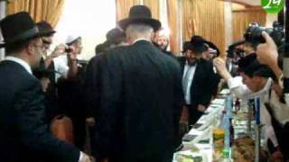 וידאו משמחת בר מצווה לנכדו של מרן הגר''ע יוסף שליט''א
