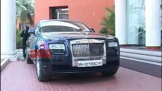 getlinkyoutube.com-Rolls-Royce Ghost in Kochi